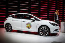 Opel na sajmu automobila u Ženevi 2016: Opel Astra automobil godine!