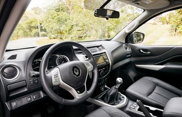 Renault ALASKAN (5)