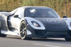 SpyPhoto: Porsche 918 Spyder