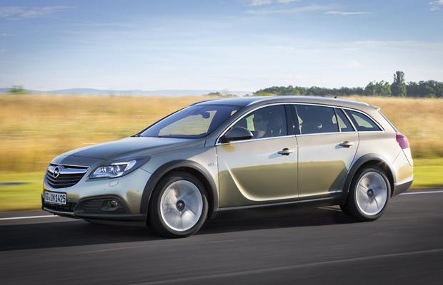 Opel Insignia Country Tourer 01