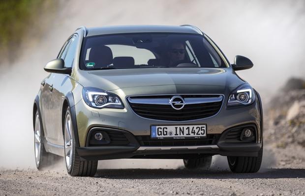Opel Insignia Country Tourer 02