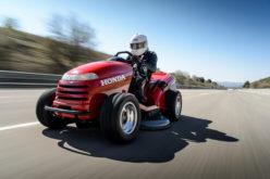 Honda napravila 'trkaću' kosilicu koja razvija 187 km/h