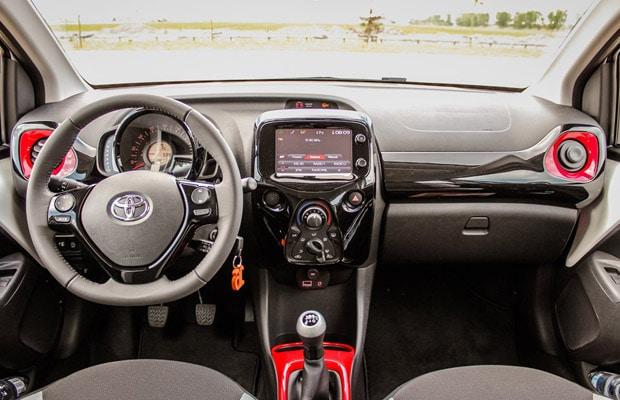 Vozili smo novi Toyota Aygo 2014 620x400 - 11