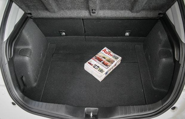 Test Honda Civic 1.8 Sport 620x400 - 08