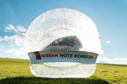Nissan napravio najveći zorb na svijetu sa automobilom unutra