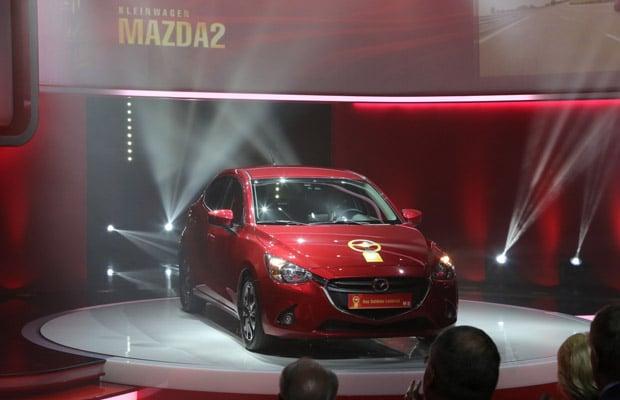 All-new_Mazda2_Golden_Steering_Wheel_2014__jpg72