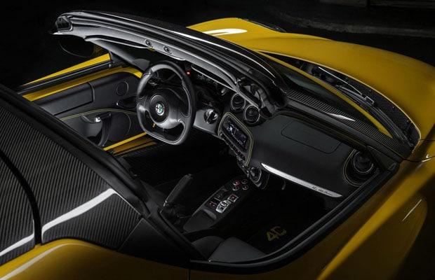 Alfa Romeo 4c spider 03