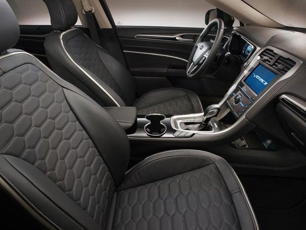 Ford Mondeo Vignale 02 -