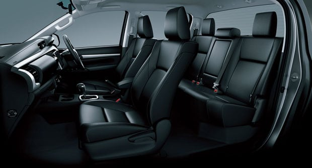 Toyota HILUX 2015 - 02