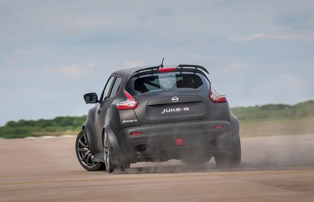 Nissan Juke-R 2.0 - 02