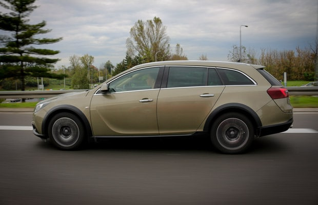 Test Opel Insignia Country Tourer 2.0 CDTI -620- 03