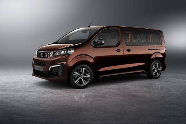 Peugeot Traveller i-Lab VIP 3.0 shuttle 01