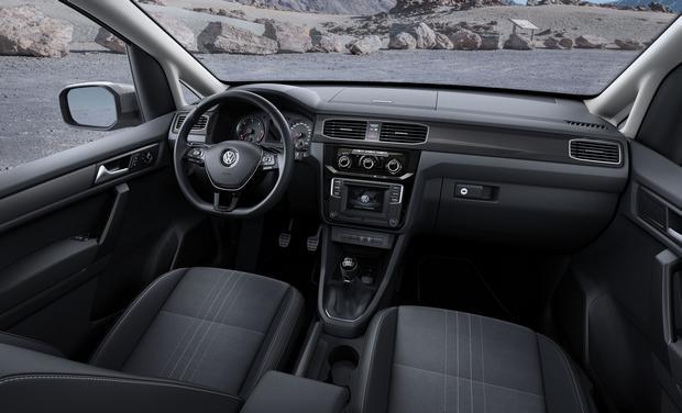 Volkswagen Caddy Alltrack 03