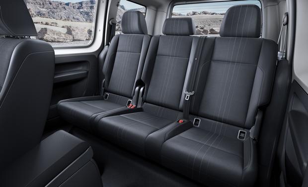 Volkswagen Caddy Alltrack 04