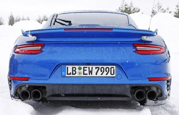 Porsche 911 GT2 winter test 2016.jpg (2)