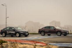 Uporedni test: Škoda Superb vs. Volkswagen Passat – Porodični dvoboj!