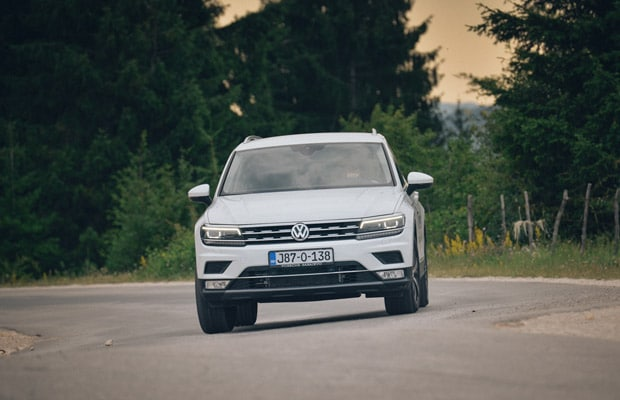 Test Volkswagen Tiguan 2.0 TDI Highline -620- 09