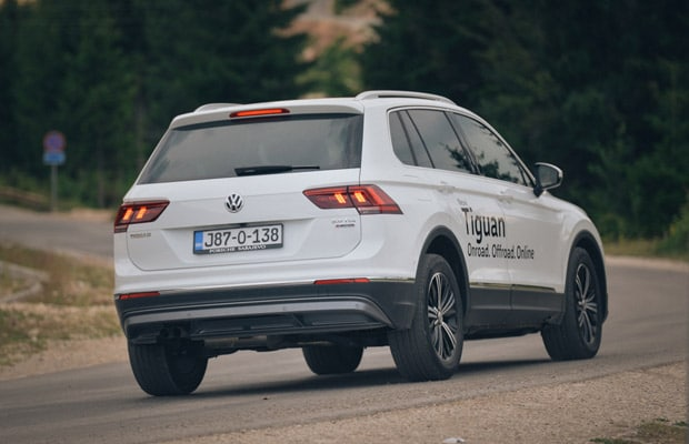 Test Volkswagen Tiguan 2.0 TDI Highline -620- 13