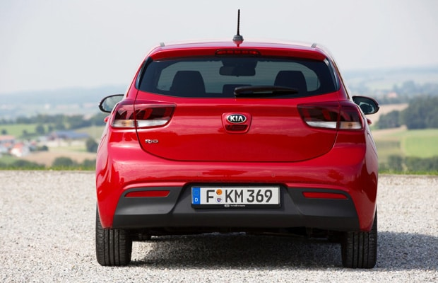 new-kia-rio-exterior-7-medium