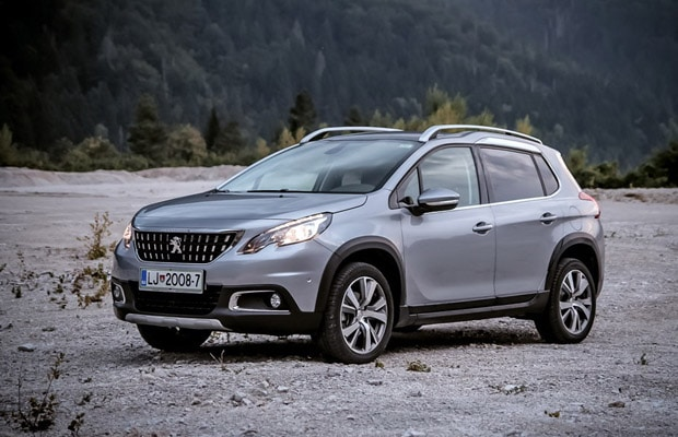 test-peugeot-2008-1-6-allure-facelift-620-01
