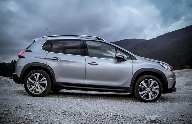 test-peugeot-2008-1-6-allure-facelift-620-02