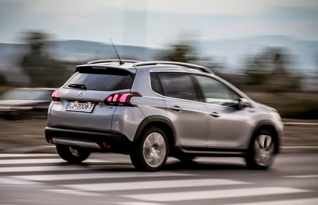 test-peugeot-2008-1-6-allure-facelift-620-10