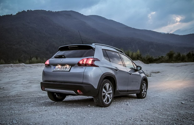 test-peugeot-2008-1-6-allure-facelift-620-13
