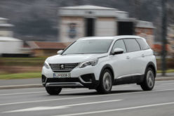 Test: Peugeot 5008 Allure 1.6 BlueHDi 120 EAT6 – Veliki brat