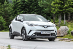 Test: Toyota C-HR Hibrid C-ULT –Ekstravagantan koncept