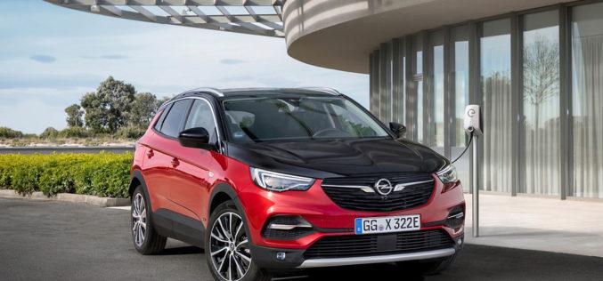 """Opel Grandland X s pogonom na sve točkove kao """"plug-in"""" hibrid"""