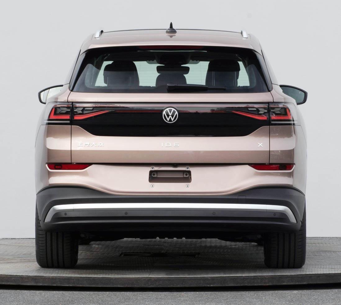 Volkswagen ID.6 Crozz