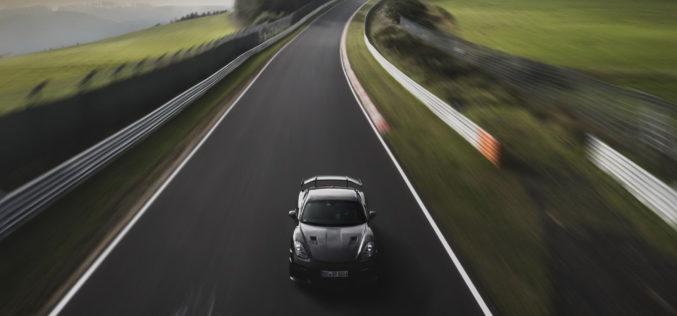 Novi Porsche 718 Cayman GT4 RS briljira tokom završnog testiranja